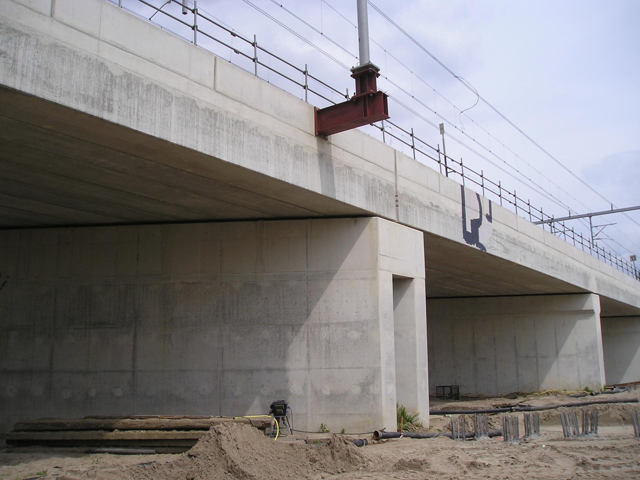 Schrumpf Viaduct spoor Utrecht - Leidsche Rijn